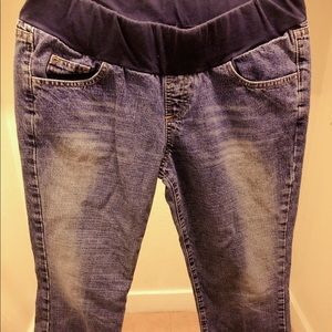 Ankle maternity jeans